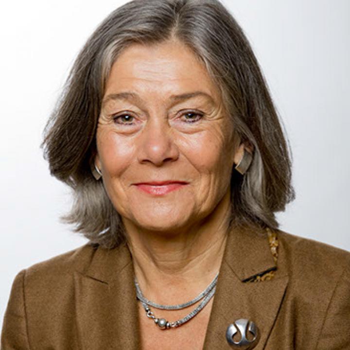 Nora Sveaass
